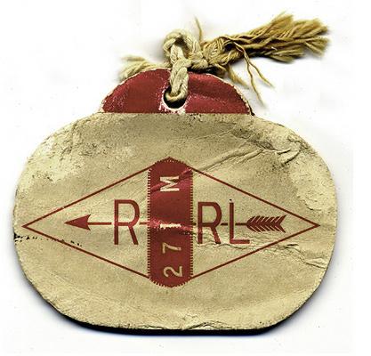 label #red #label #arrow