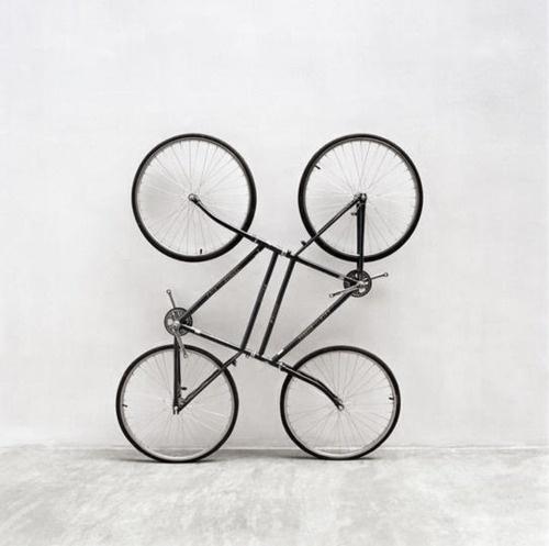 Buamai - Tumblr_lntivolrkp1qj82c7o1_500.jpg 500×497 Pixels #bicycle #white #black #and