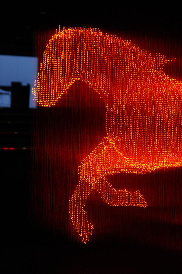 The Cool Hunter Makoto Tojiki Light Sculptures #illustration #sculpture #light #art