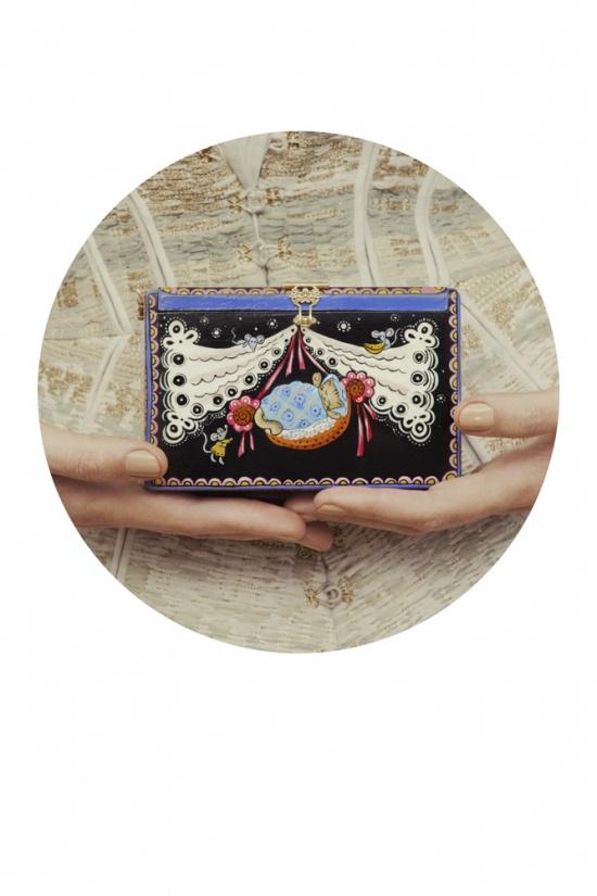 Ulyana Sergeenko HC S'13 look book #bag #illustration #chest #vintage