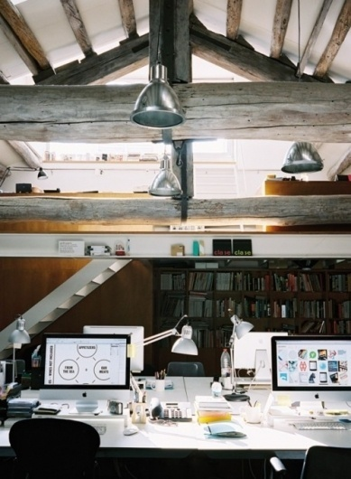 tumblr_m12y73Bs9F1qh9gm7o1_500.jpg (JPEG Image, 500 × 681 pixels) - Scaled (83%) #ceiling #office #architecture #open #mac