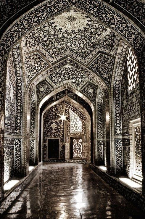 Sheikh Lotf-Allahs Masjid Isfahan – Iran #interior #pattern