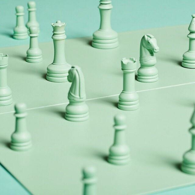 単色ターコイズチェス