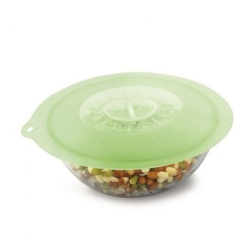 These lids make sure your food stays fresh. Reusable, safe and easy to use! #safe #design #reusable #lid #silicon #product #kitchen