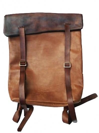 backpack3.jpg (Immagine JPEG, 450x600 pixel) #fashion #bag #leather