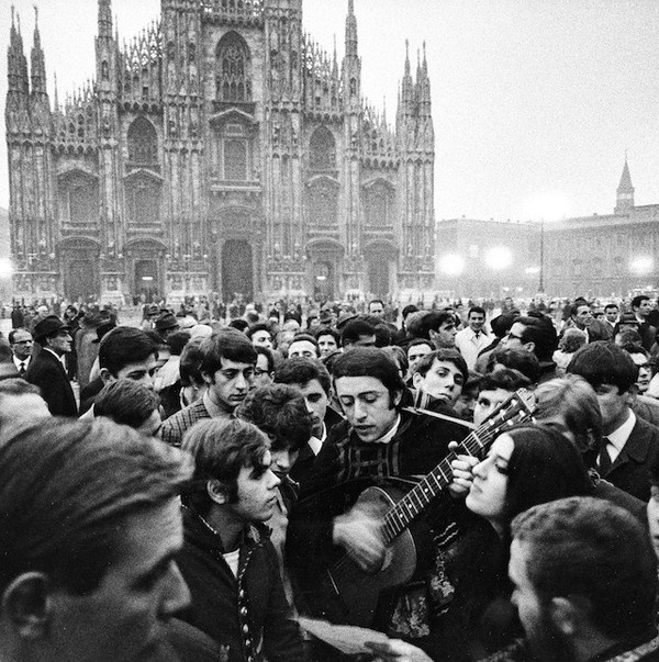 Black and White Photography by Gianni Berengo Gardin #inspiration #white #black #photography #and