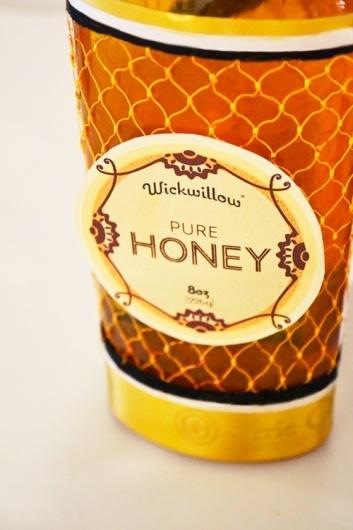 Wickwillow Honey on the Behance Network #package #design #honey