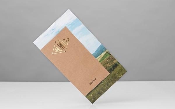 Anagrama | Valentto #stamp #print #cover #foil #brochure