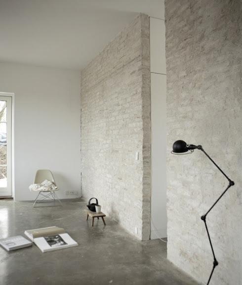 http://lh5.ggpht.com/ IVLHB4OF56o/UCs2HEjFQsI/AAAAAAAAsZM/28WHIAatnUw/22745051292.jpeg?imgmax=576 #interior #lamp #concrete