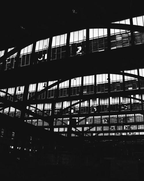 fortheloveof #blackandwhite #bnw #factory #architecture #pictureoftheday #photography #dailylife #bengaluru #monochrome #designspiration #po