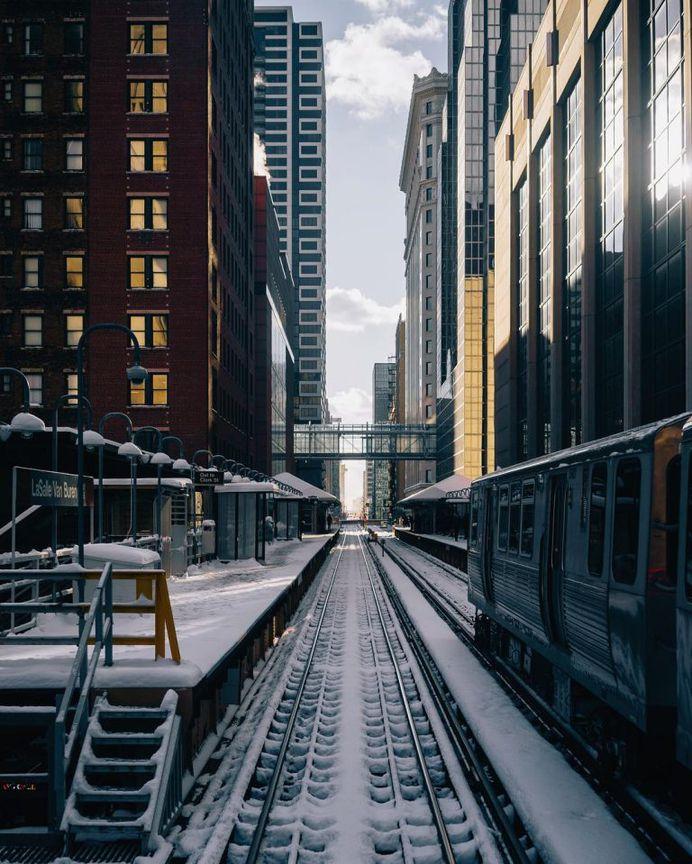 Fabulous Street Shots of Chicago by Kameron Sears