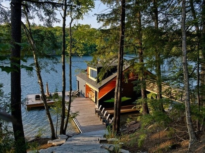 Charming Lake House on Lake Joseph, Canada by Altius Architecture #lake #architecture #house