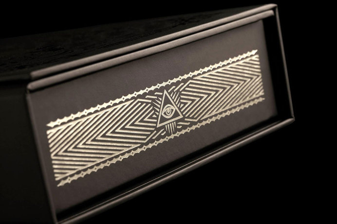 stranger and stranger ultimate deck cards via www.mr-cup.com #packaging #print #illuminati #special #cards #foil