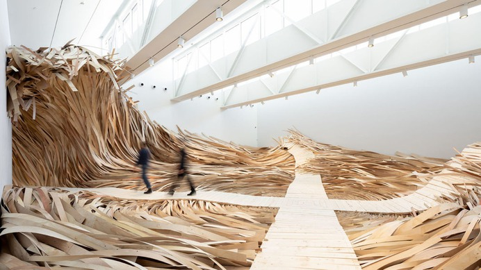 A Massive Wooden Wave Surges From a Gallery Floor in an Installation by Wade Kavanaugh and Stephen B. Nguyen | Colossal