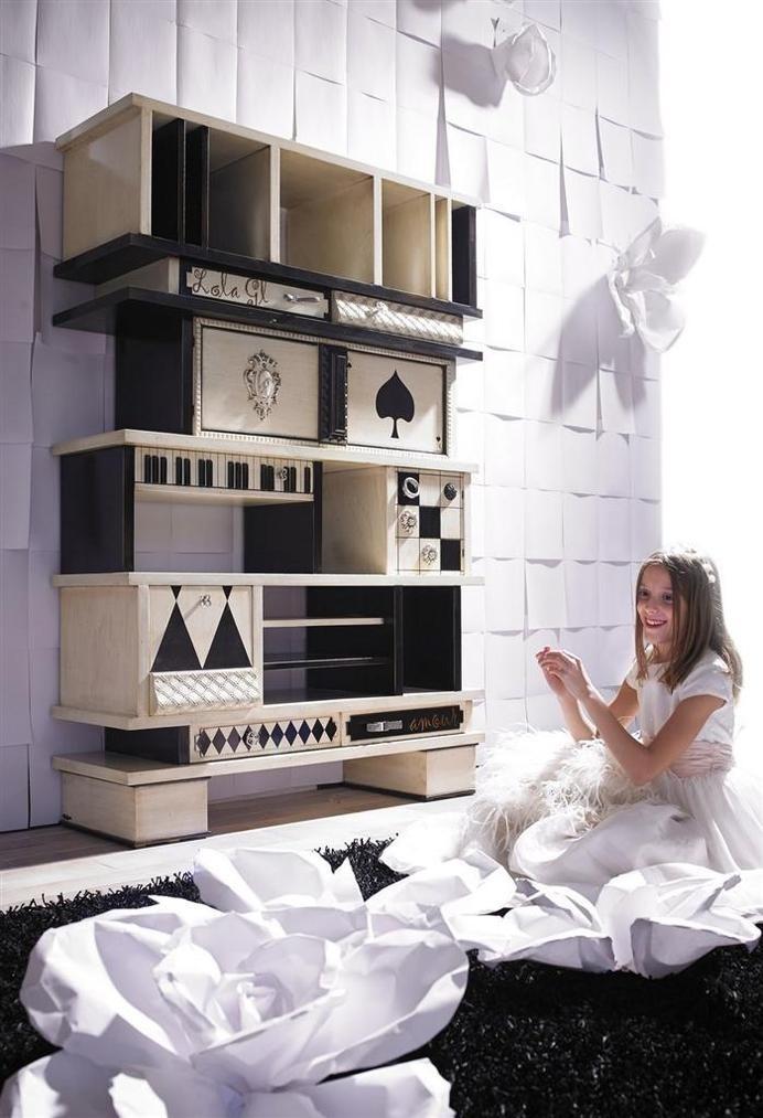 World full of color - Lola Glamour, www.homeworlddesign.com (2) #storage #handmade