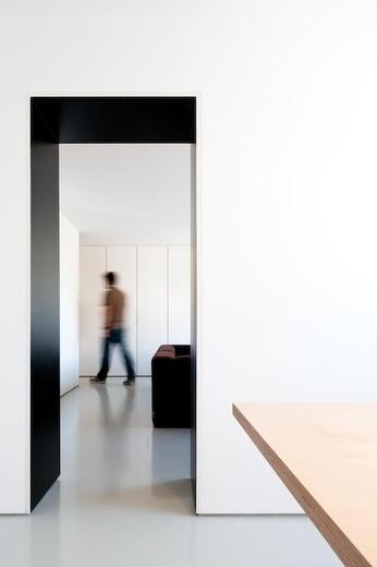 Apartment in Carcavelos by Hugo Proenca - Minimalissimo #white #design #interiors #minimal #apartment