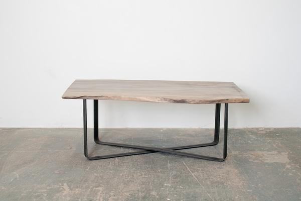Oxidized Maple Coffee Table is a minimalist design created by American based designer Dylan Design Co.. This is a beautiful slab of Maple th #modern #minimalism #minimal #leibal #minimalist
