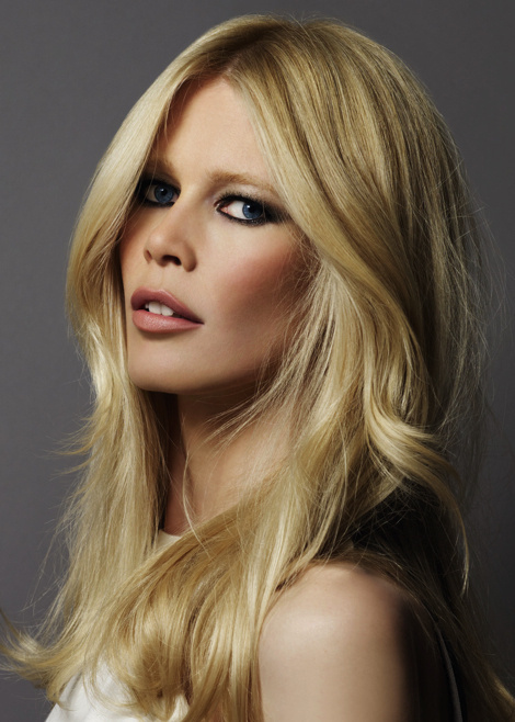 Claudia Schiffer — L'Oreal Beaty Photoshoot