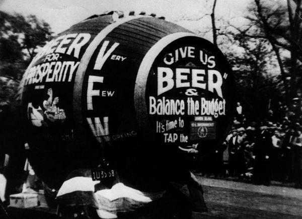 Beer Barrel #beer #lettering #prohibition #sign #vintage #painting #hand