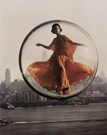 1311676455408_melvinsokolsky2.jpg (Immagine JPEG, 359x450 pixel) #fashion #photography