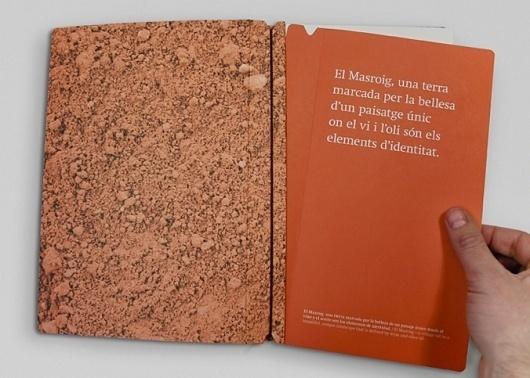 ATIPUS - Graphic Design From Barcelona, disseny gràfic, disseny web, diseño gráfico, diseño web #packaging #wine #identity #branding