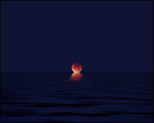 photo #ocean #sun #ripples #water #dusk #night #photography #reflection #sunset