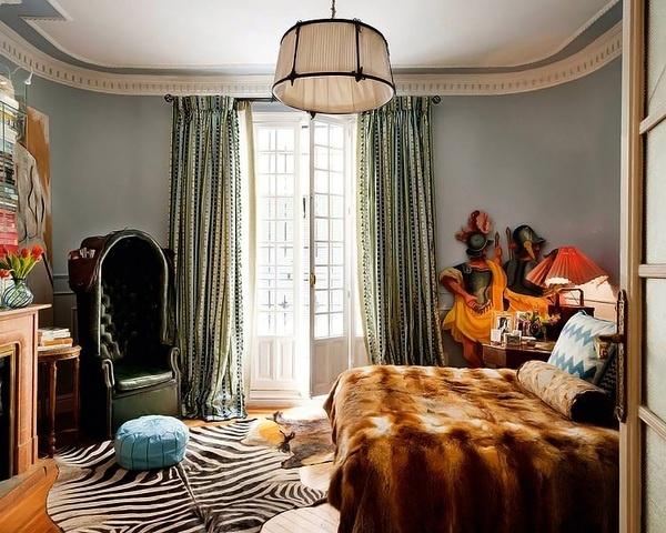 Art Apartment in Madrid | Miss Design #interior #spain #interiorideas #design #bedroom #armchair