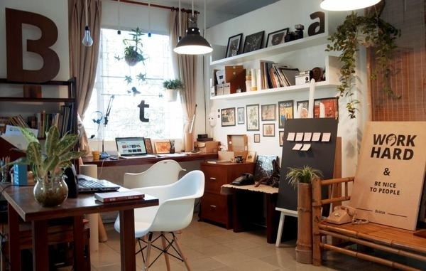 Workplace Bratus #vietnam #agency #branding #workplace #office #studio #bratus