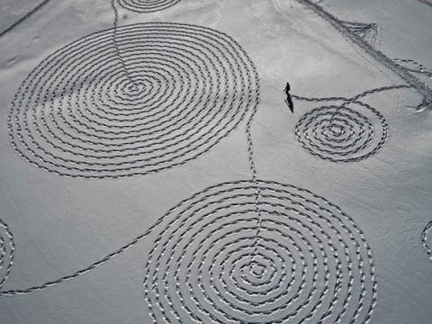 swissmiss #drawing #snow