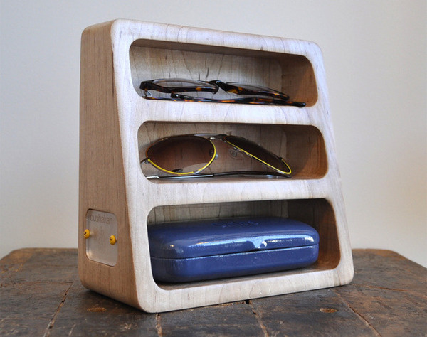 http://blog.leibal.com/products/glasses-stand/ #glasses #design #minimal #stand