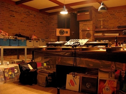 Tako_Basement | Flickr - Photo Sharing! #interior #tako #vinyl #records #room