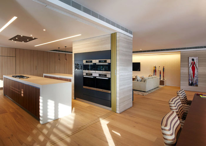 Spacious and Sophisticated Apartment in Sydney - #kitchen, #kitchens, kitchen ideas, kitchen design