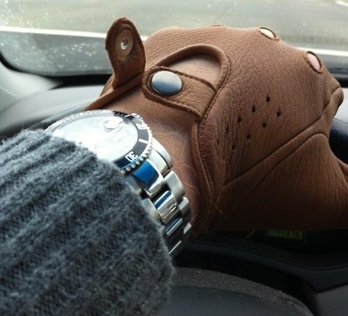 The Black Workshop #glove #watch