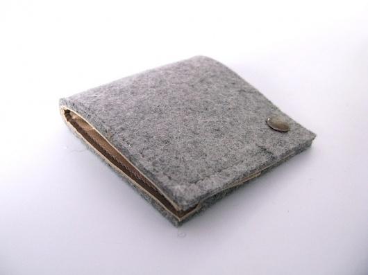 Andrea Roman //// Industrial Designer - Woolets #wool #leather #wallet #woolet