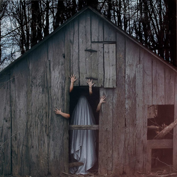Eerie Ghosts in Christopher McKenney's Horror Photography