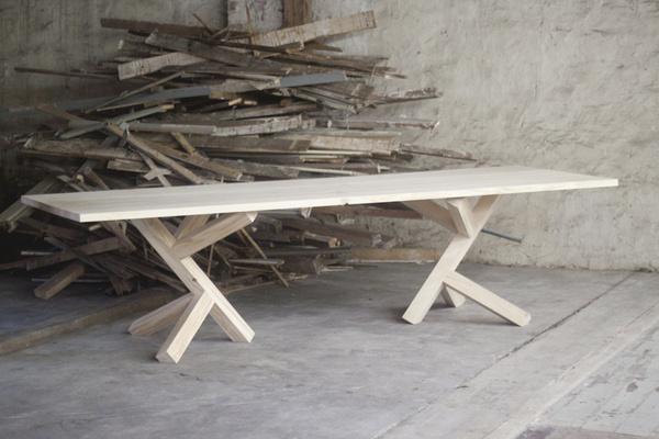 45 Kilo by Konrad Bialowas #minimalist #table #furniture