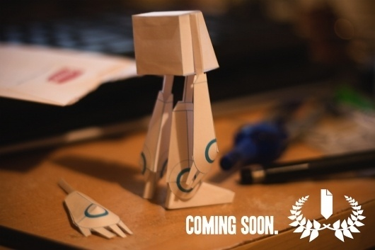 I'm Back - Nice Paper Toys #robot #papertoy #teaser #blue #paper #toy