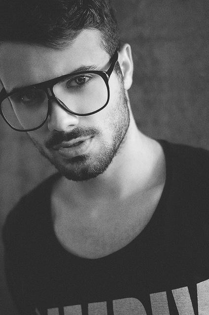 Vinicius Luiz by Guilherme Benites #glasses #sexy #boy #sunglasses #hot #portrait #geek #fashion #man #benites #brazil #bw
