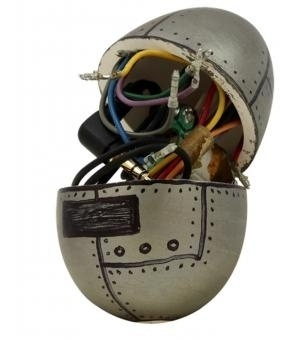 Graphic-ExchanGE - a selection of graphic projects #silver #egg #wires #robot
