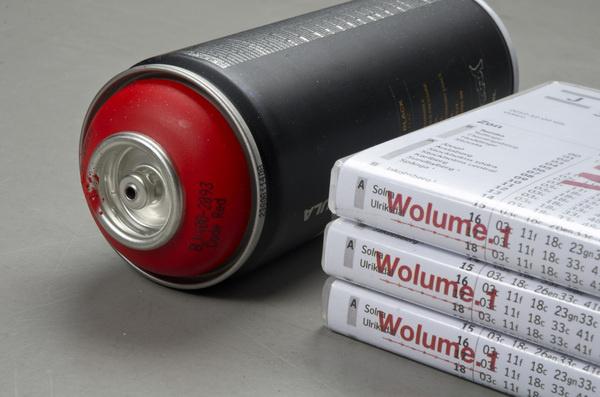 Wolume 1 #wwwsimonjkcom #red #dvd #packaging #graffiti #jung #krestesen #cover #simon #spray #can