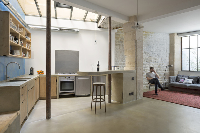 Loft in Paris: ancient craft shop transformed by Maxime Jansens #loft, #Paris
