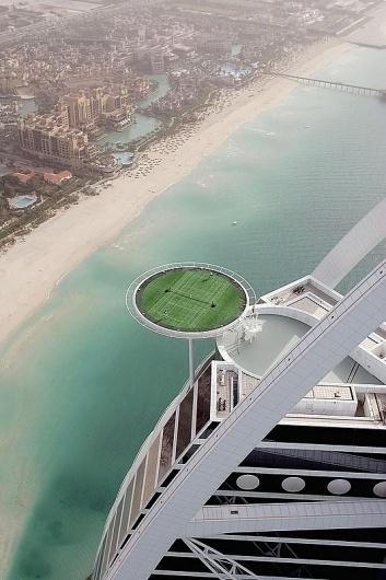 Dubai builds World's Highest Tennis Court in Burj al-Arab | flylyf #dubai #tennis