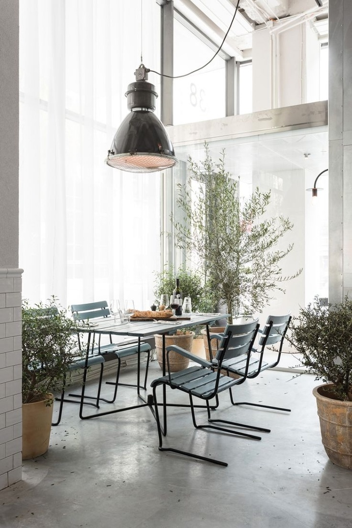 Industrial. Usine by Richard Lindvall. Photo by Johan Annerfelt. #industrial #usine #richardlindvall