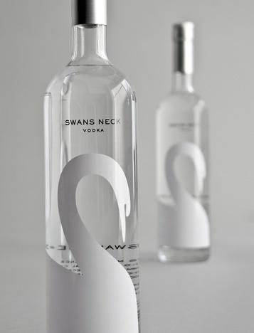Swans Neck #minimal #packaging