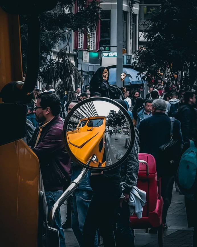 Striking Urban and Street Photography by Alfonso León