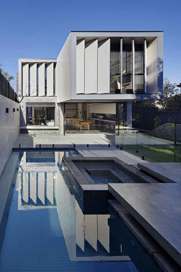 Edwardian Period Home Gets Contemporary Addition