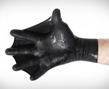 For The Furries Slimies: Webbed Gloves - Geekologie #glove #webbed