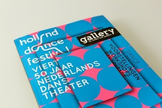 GalleryMag3.jpg 1050×700 pixels #gallery #graphics #pink #design #cover #type #blue