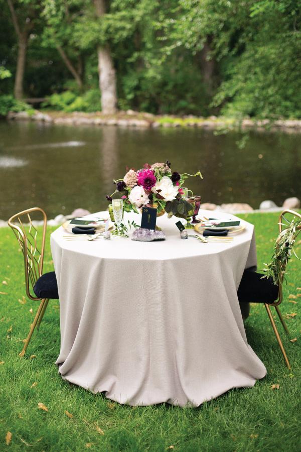 table #setting #fancy #black #elegant #number #gold #foil #outdoor #table #velvet