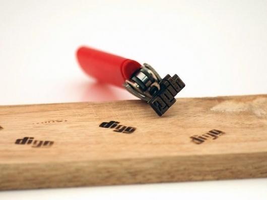 tumblr_lud01e72ip1qznavao1_1280.jpg (640×480) #burn #wood #print #tool